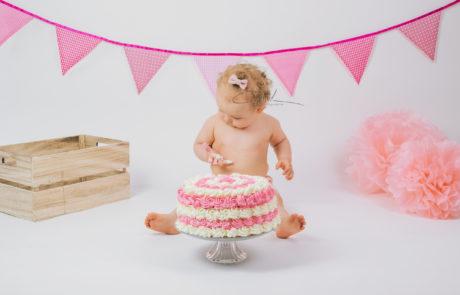 smash the cake photographe naissance nouveau né maternité Yonne Auxerre sens